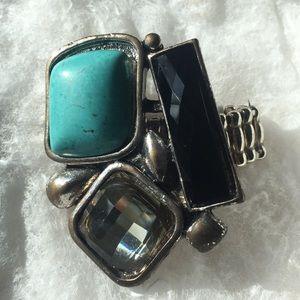 Jewelry - Elastic Ring With Three Stones